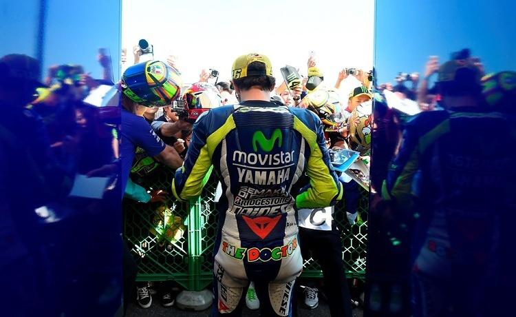 MotoGP: Bitva Rossi-Lorenzo pokračuje v Sepangu