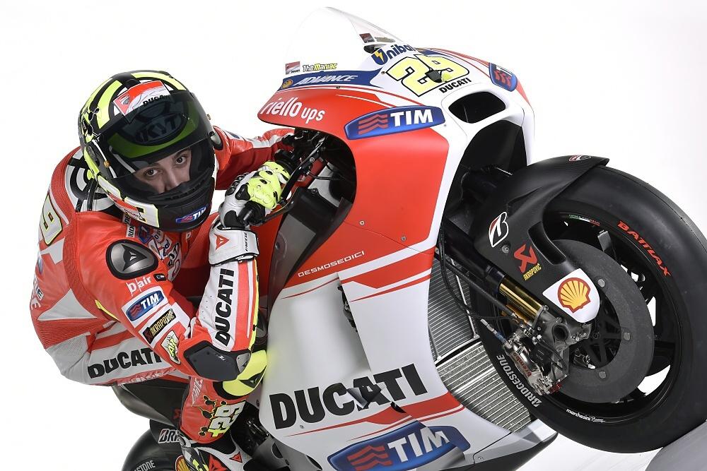 Galerie: Představení Ducati Desmosedici GP15
