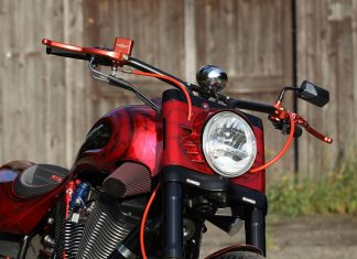 Přestavba: Victory Super Sonic od MR43 Speed Shop