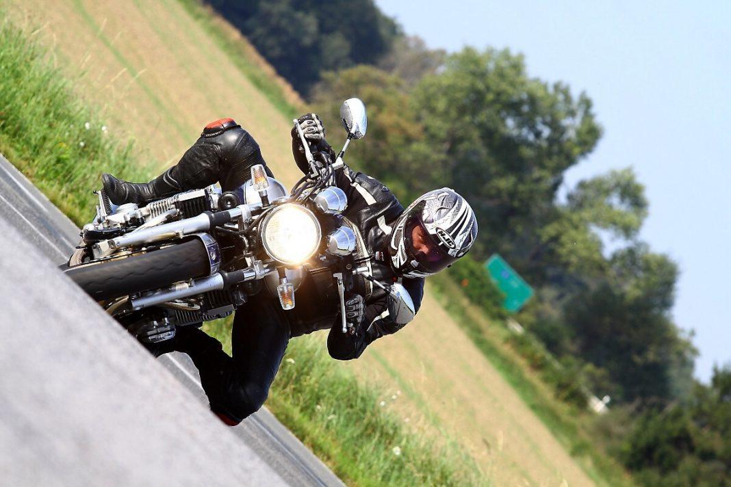 YAMAHA XJR1300 – Poslední motorka