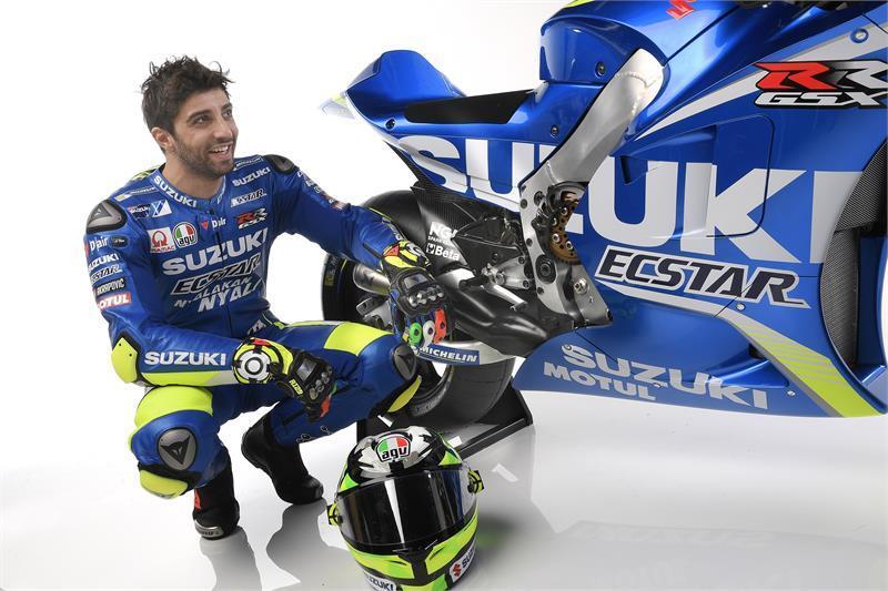 MotoGP: Suzuki představila v Sepangu oficiálně svůj team