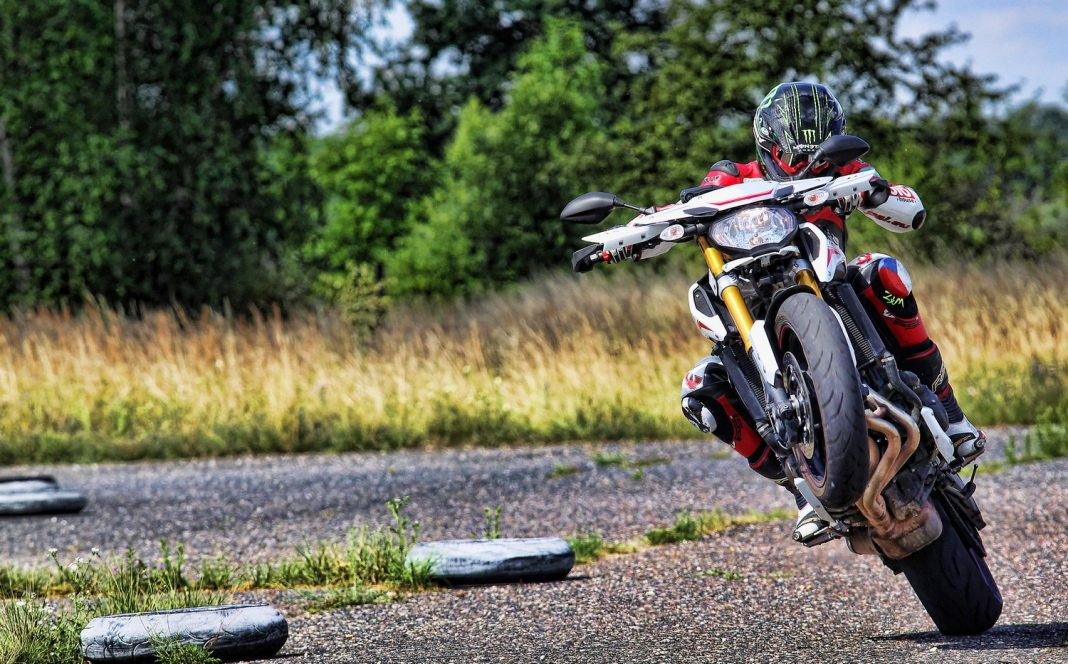 MH TEST: Yamaha MT-09 Street Rally - Bohem nadaná