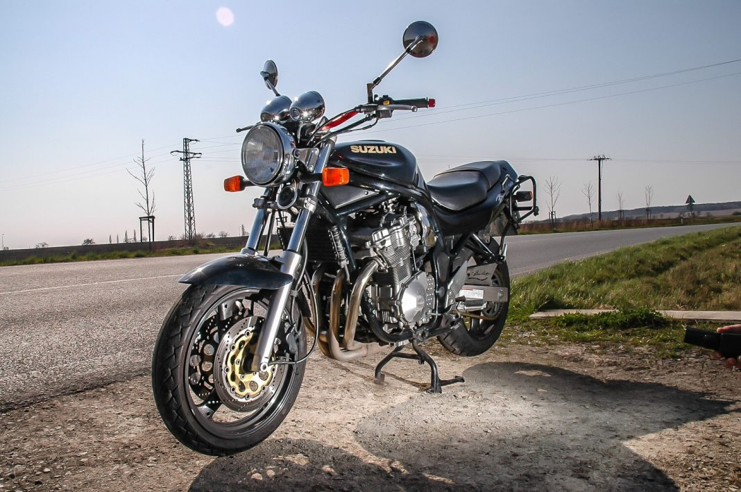 Nejobyčejnější motorka: Suzuki GSF 600 N Bandit