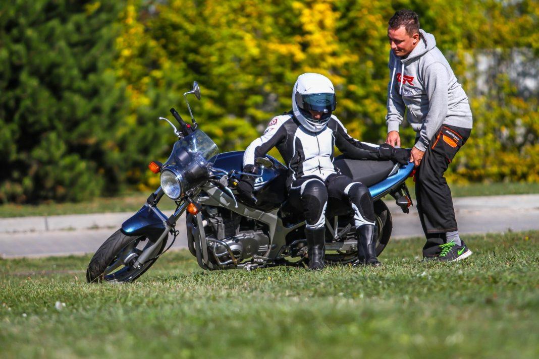 Náš tip: Jak zvednout padlou motorku?