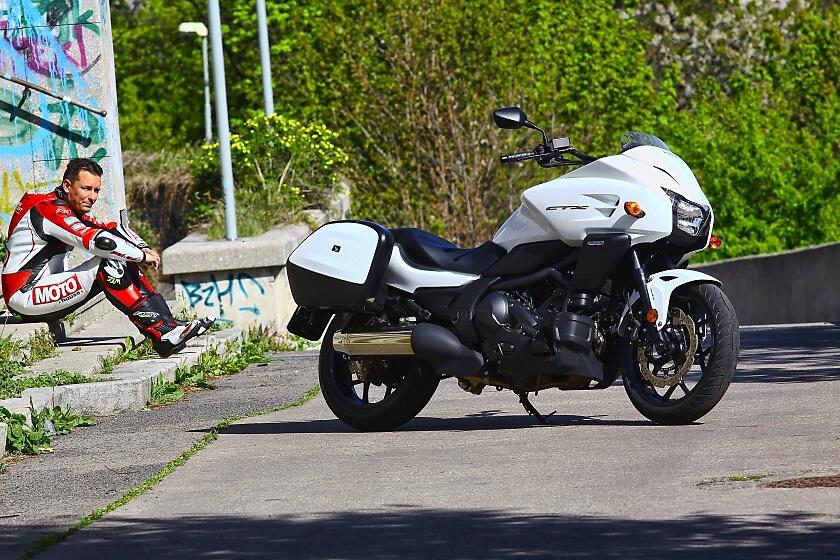 TEST: Honda CTX700