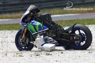 Pády a pomalejší časy při testech Michelinu