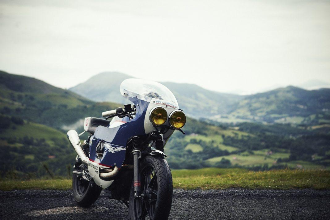 Moto Guzzi V7 od 4H10