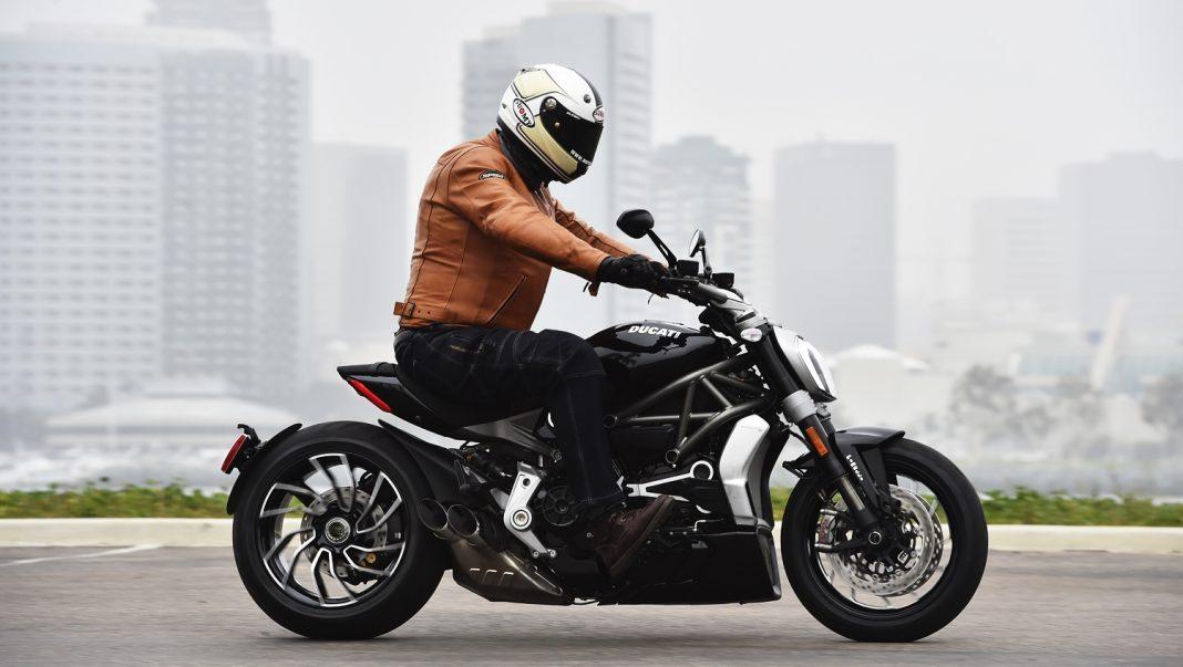 První jízda - 2016 Ducati XDiavel