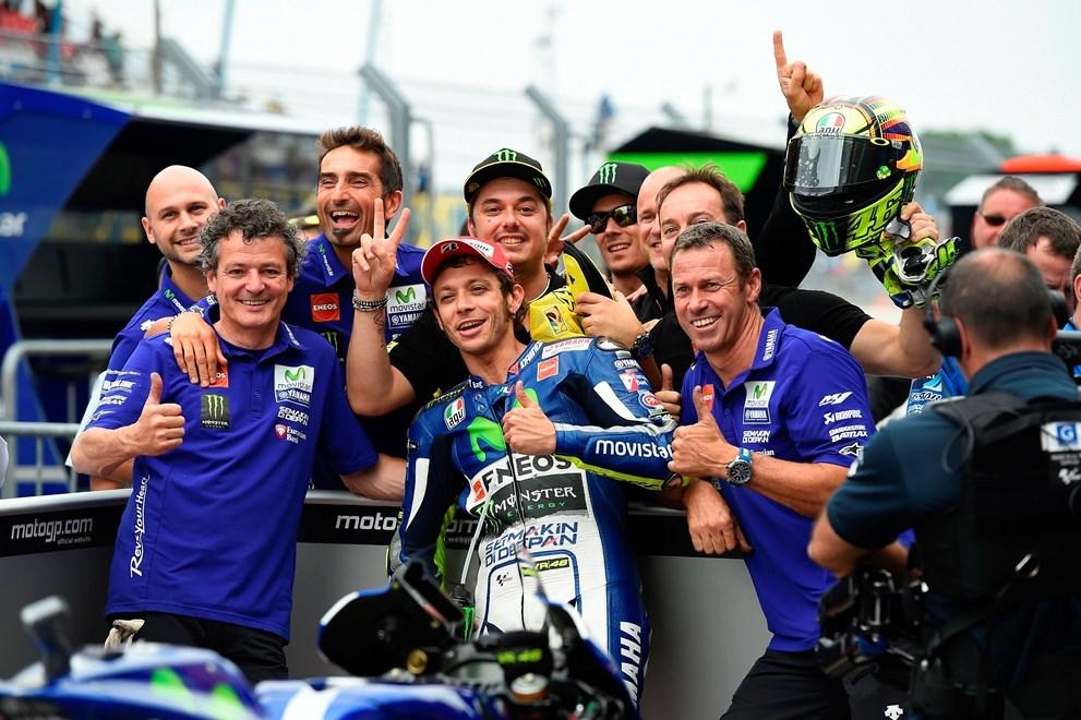 MotoGP: Rossiho trest je suspendován