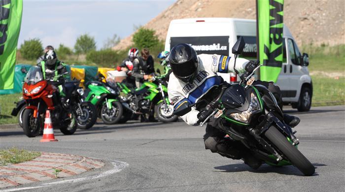 Kawasaki zve na Green Days