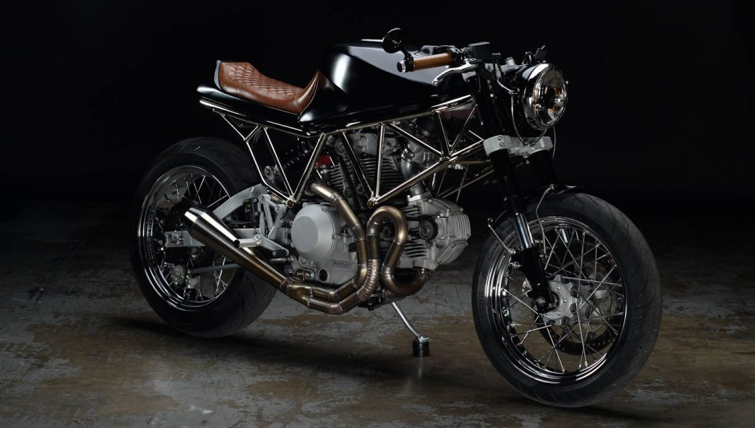 Ducati 944 SS od Revival Cycles