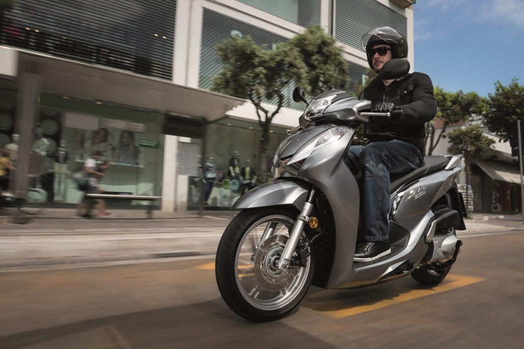 Honda představuje nový skútr SH300i
