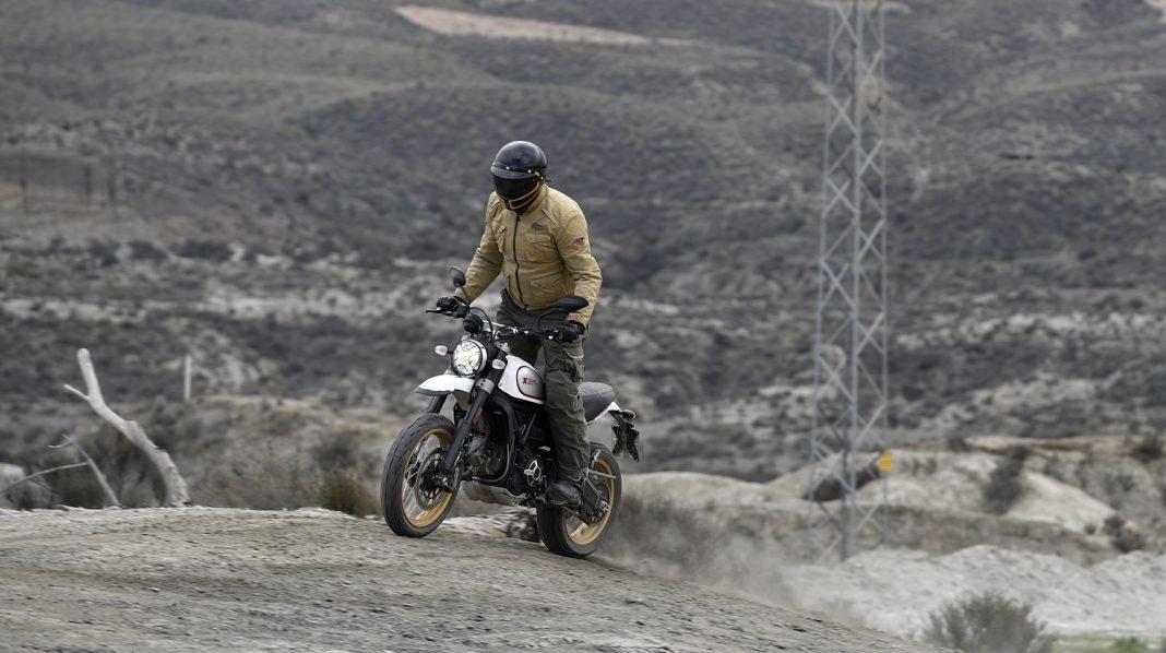 PRVNÍ JÍZDA: Ducati Scrambler Desert Sled