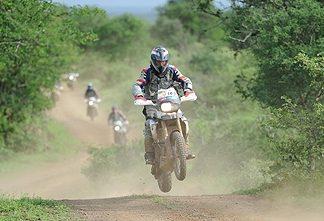 Pozvánka pro české motorkáře do kvalifikace BMW Motorrad GS Trophy 2012