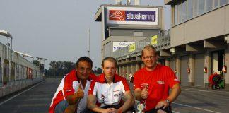 Dva Češi v barvách týmu Motopower