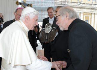 Harley-Davidson začal oslavy 110 let u papeže Benedicta XVI