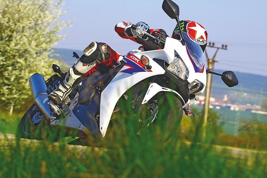TEST: Honda CBR500R