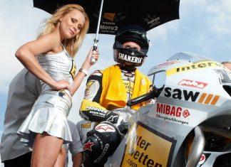 MotoGP girls - hezký dlouhý pokoukání