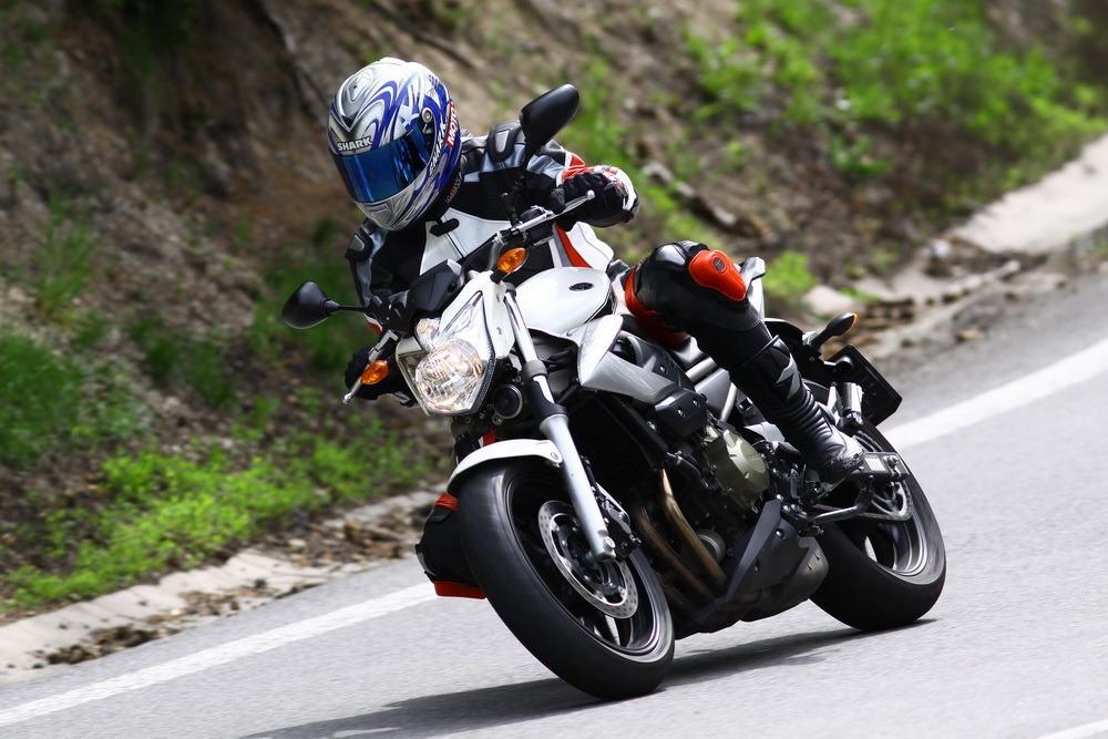 Test: Yamaha XJ6