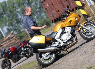 TEST Z ARCHIVU: Honda CBF1000 vs. Yamaha FZ1 Fazer /MY2008