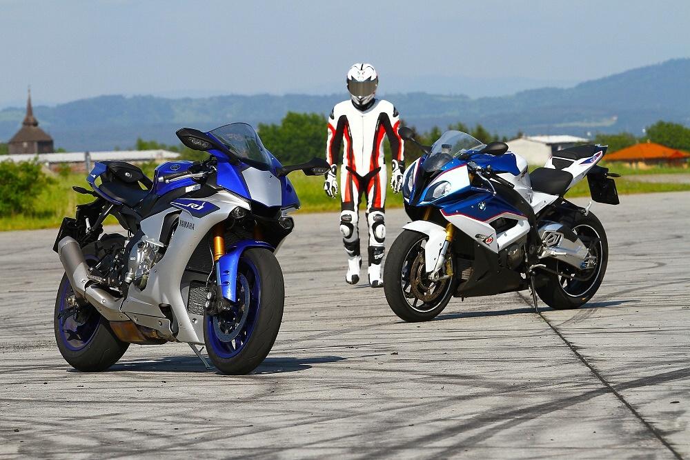 Srovnávací test: BMW S 1000 RR vs. Yamaha YZF-R1