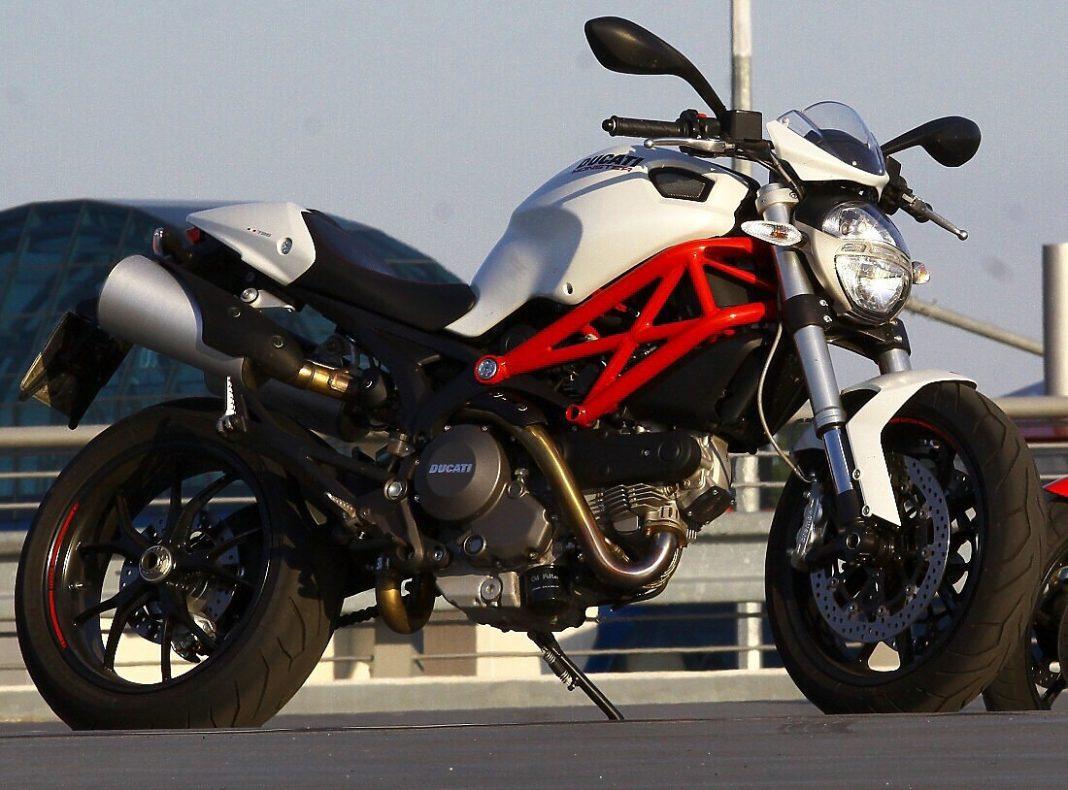 TEST: Ducati Monster 796
