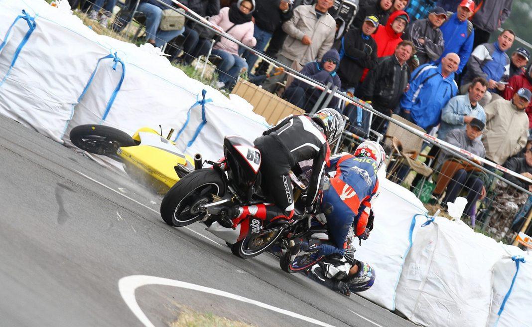 Přímo z akce: fotogalerie road racingové Dymokury 2015 (aktualizováno)