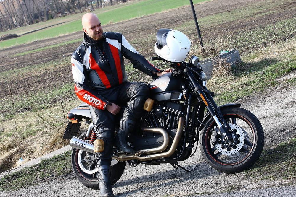 TEST: Harley-Davidson XR1200X