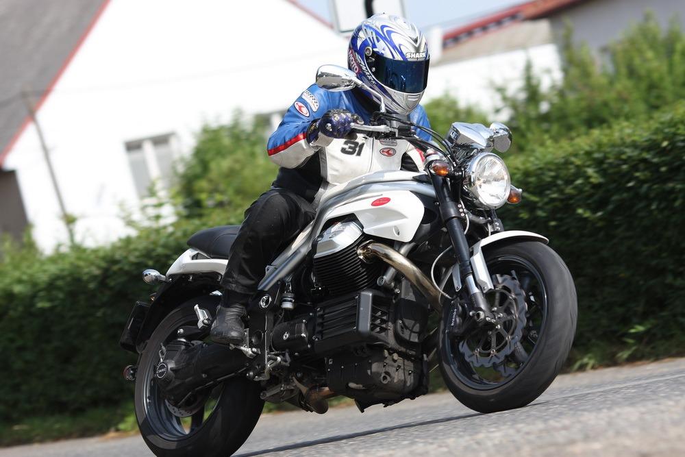 Test: Moto Guzzi Griso 8V