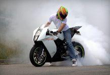 Čtenářský test: KTM RC8