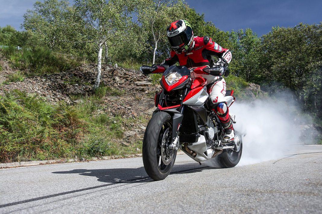 MH TEST: MV Agusta Rivale