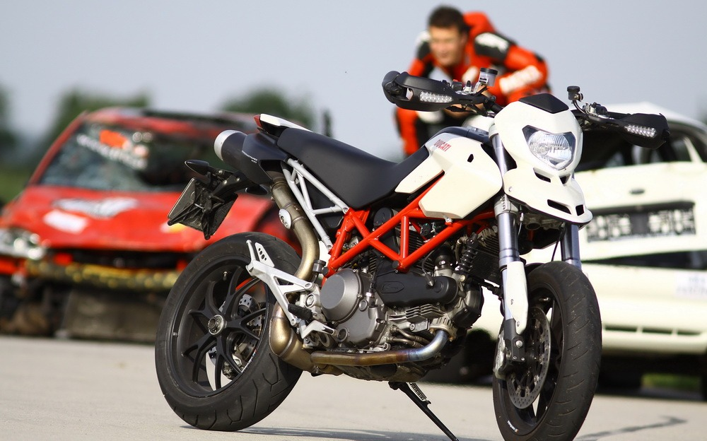 Test z archivu: Ducati Hypermotard