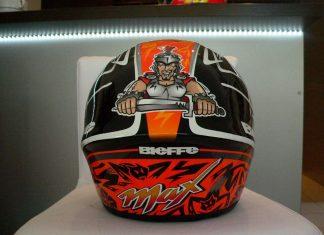 Výprodej unikátních relikvií –  přilby Rossi
