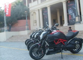 "Ducati Diavel - první dojmy ""na sucho"""