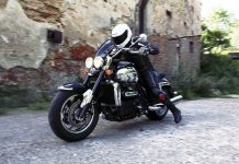 TEST: Triumph Rocket III Roadster