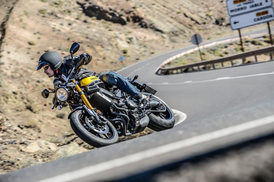 První jízda - 2016 Yamaha XSR900