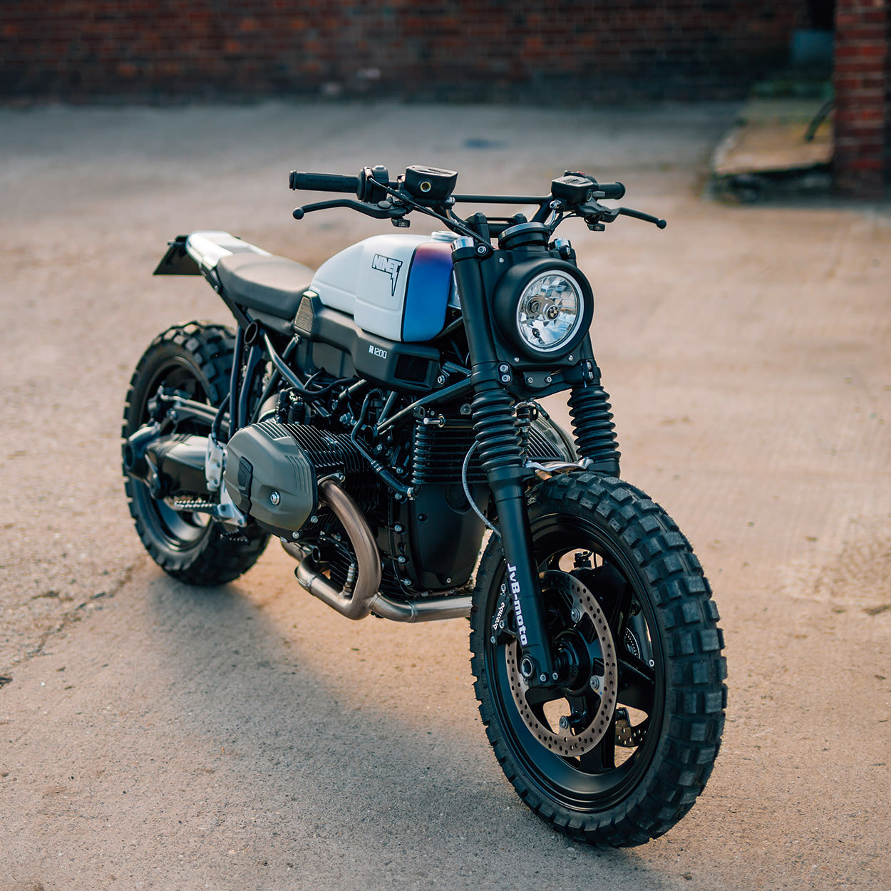jvb moto bmw r nine t scrambler 7 motohouse. Black Bedroom Furniture Sets. Home Design Ideas